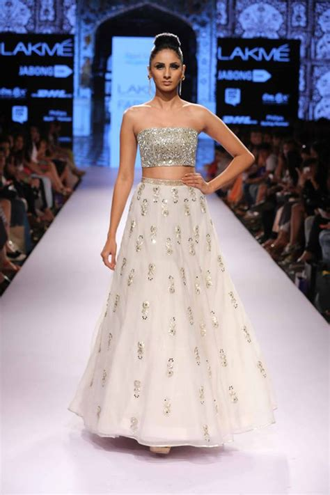The best lehengas at lakme fashion week s r 2015 thedelhibride