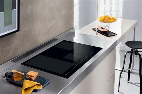 whirlpool w 77 2 w collection la table de cuisson intelligente de