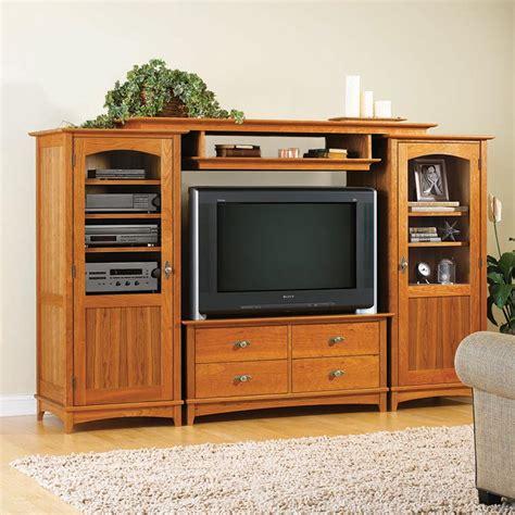 entertainment center set woodworking plan  wood magazine
