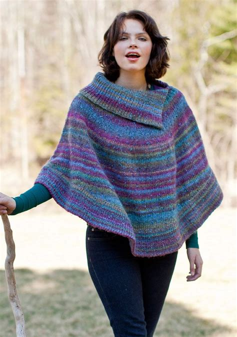 poncho pattern knitting yarn 165 best knitted capes and ponchos images on pinterest