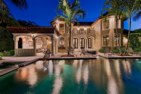 Luxury Homes In Naples Fl Naples Florida Luxury Homes House Decor Ideas