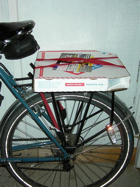 Pizza Bike Rack by Porteur Pizza How To Carry Pizza With Your Bike