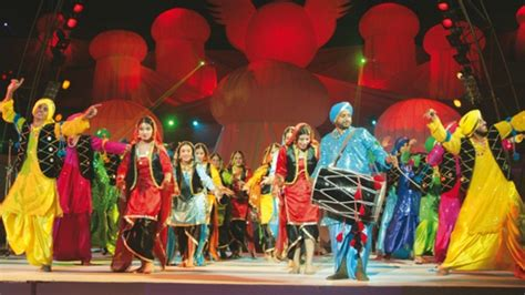 world painting festival pã rtschach world performing arts festival comes back to lahore after