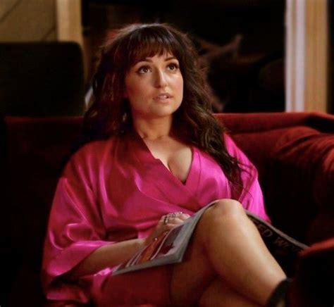att commercial girl lily actress 751 best milana vayntrub images on pinterest commercial