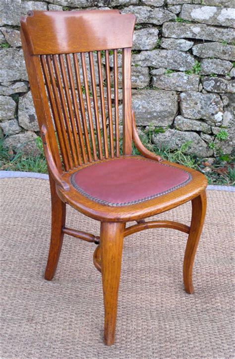 chaise de bureau originale et originale chaise de bureau en chene des 233 es 1950