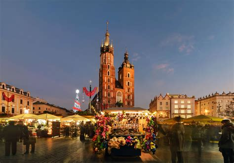 To Krakov definitive guide to traditions in krakow