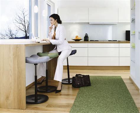 varier sgabello sgabello ergonomico move di varier cattelan arredamenti
