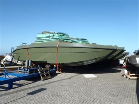 legerboten te koop terug naar de zomerligplaats in makkum