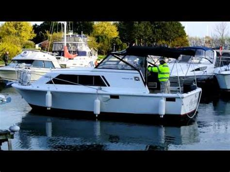 stern docking single engine boat how to dock a single engine inboard outdrive boat stern