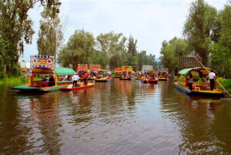 xochimilco  mexico city thousand wonders