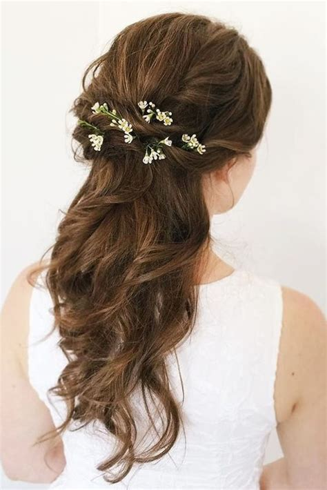 155 bridesmaid hairstyles your friends will