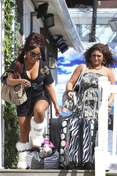 nicole polizzi house nicole polizzi pictures nicole quot snooki quot polizzi and deena cortese leave jersey shore