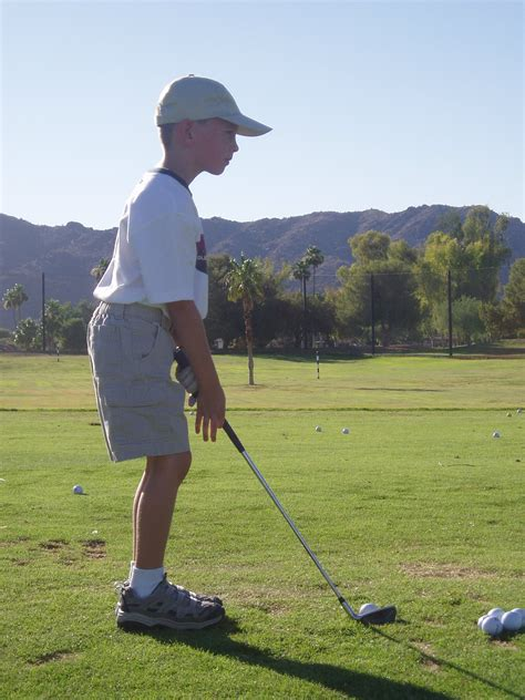 proper golf swing technique 4 tips to master the correct golf swing be a better golfer