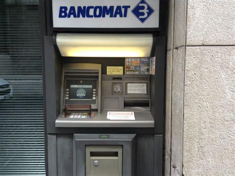 intesa bancomat bancomat e carta di pagamento educazione all utilizzo