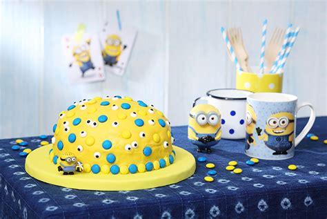 minions kuchen backen minions kuchen mit bananen mit gewinnspiel ernsting s