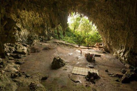 jejak homo floresiensis  gua liang bua