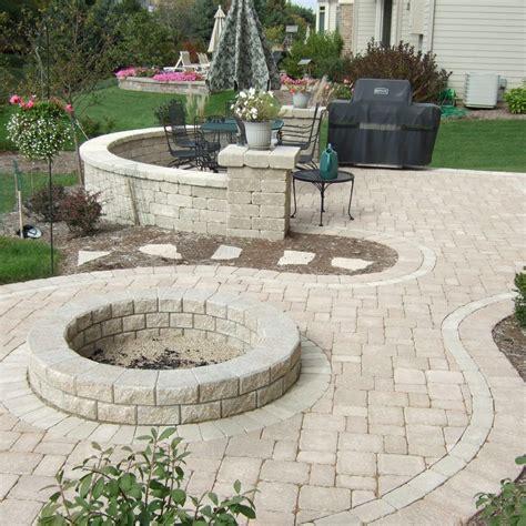 patio layout designs stone backyard patio pati backyard stone patio pictures