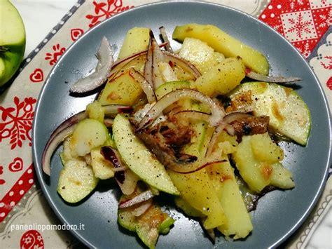 come cucinare le aringhe affumicate insalata di patate mele e aringhe paneoliopomodoro