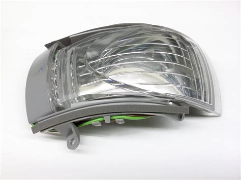 turn signal light assembly 2007 volkswagen beetle turn signal light assembly turn