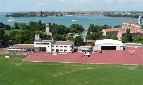 volo venezia porto venezia nasce una scuola di volo enac per droni nell