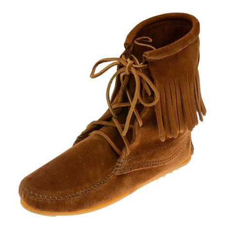 minnetonka moccasins boots minnetonka moccasins 422 s ankle high trer boot