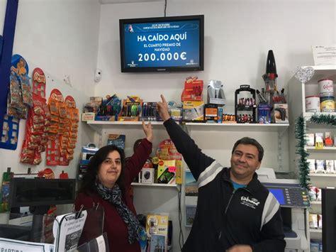cuarto premio loteria navidad un cuarto y dos quintos premios vendidos en el co de