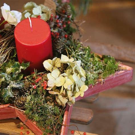Adventsgestecke Basteln Anleitung by Adventsgestecke Aus Dem Wald Selber Basteln Landidee Magazin