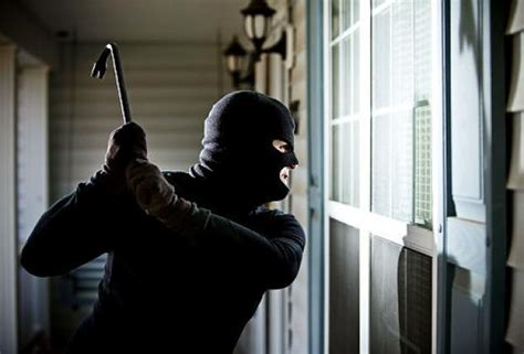 Robbing Houses by Apologetic Thief Breaks Into Wrong House Ny Daily News