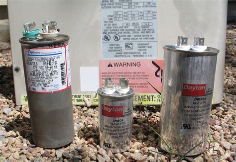 Replacing The Run Start Capacitor On An Air Conditionar