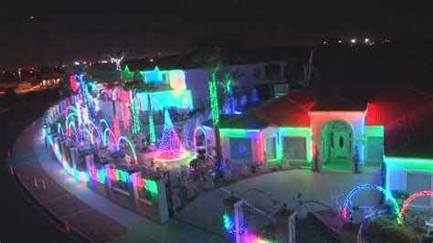 best holiday light displays 6 best christmas light displays ever youtube