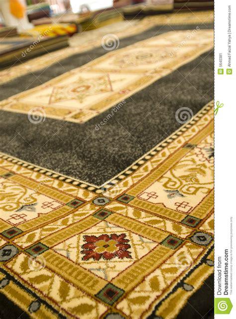 persische teppiche persische teppiche auf bildschirmanzeige stockbild bild