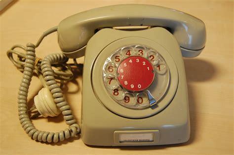 telefon fã r zuhause bruktikken p 229 havna puslespill og gammel telefon