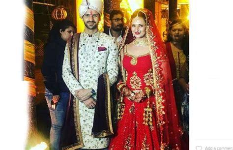 vivek dahiya new car just in divyanka tripathi and vivek dahiya s wedding photos