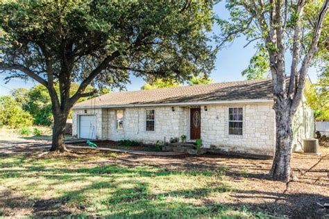 magnolia homes for sale waco tx 17 best ideas about magnolia realty on lazy