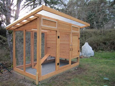 Backyard Chicken Coop Ideas Benefit Of Diy Backyard Diy Backyard Chicken Coop