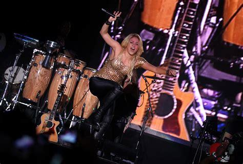 Syakira Abu shakira in concert in abu dhabi 2011 gotceleb