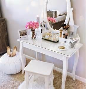 Ikea Vanity Table Ideas Ikea Hemnes Dressing Table Decor Ideas Makyaj Masası Dekorasyon Fikirleri 5 Decor R 24