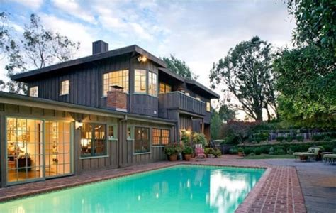 house pic sally field lists malibu home for 5 9 million photos