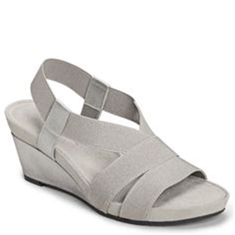 comfortable shoes for arthritis 1000 images about shoes hope for pretty ones but need