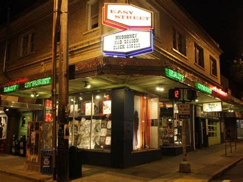 Seattle Records 8 Essential Records Stores In The U S Travel Channel Roam Travel Channel
