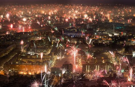 hello 2015 a new year is rung in around the world nbc news