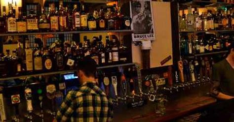 top 10 bars in seattle the 10 best bars in capitol hill seattle