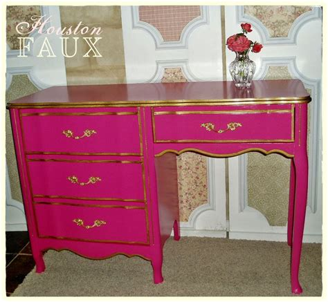 Pink Vanity Desk by Available S Secret Inspired Provincial Pink Desk Vanity Quot The