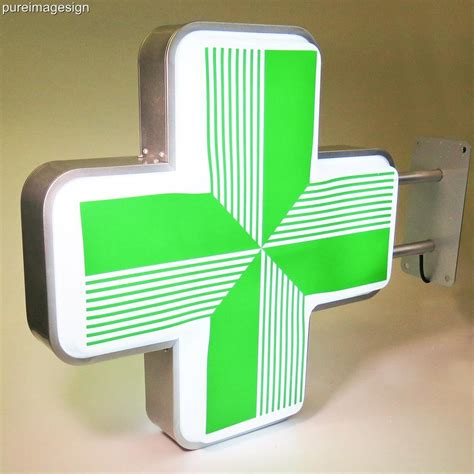 Outdoor Lighted Sign Box Led Sign For Pharmacy Shop Projecting Light Box Outdoor Green Cross 60x60cm Ebay