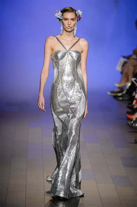 Catwalk To Carpet In Naeem Khan by Naeem Khan 2018 The Most Beautiful Dresses On