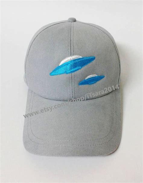 Baseball Cap Hotlinebling ufo baseball cap
