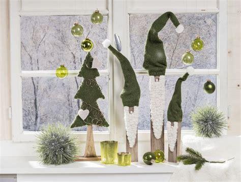 holzbrett als fensterbank mon decor stimmungsbild weihnachten wichtel zwerge gr 252 n