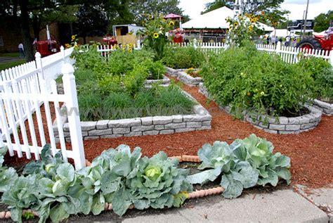 Beautiful Vegetable Gardens Designs Vlitgx Decorating Clear Beautiful Vegetable Garden Designs