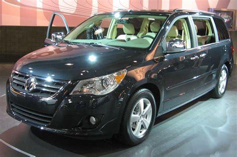 volkswagen minivan routan volkswagen routan 2009
