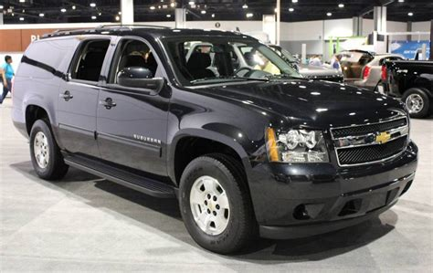 how to work on cars 2012 chevrolet suburban 1500 navigation system 2012 chevrolet suburban information and photos momentcar